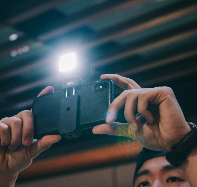 รีวิว Litra Torch 2 ชุดไฟติดกล้องดิจิตอลกับการ Vlog สำหรับมือใหม่