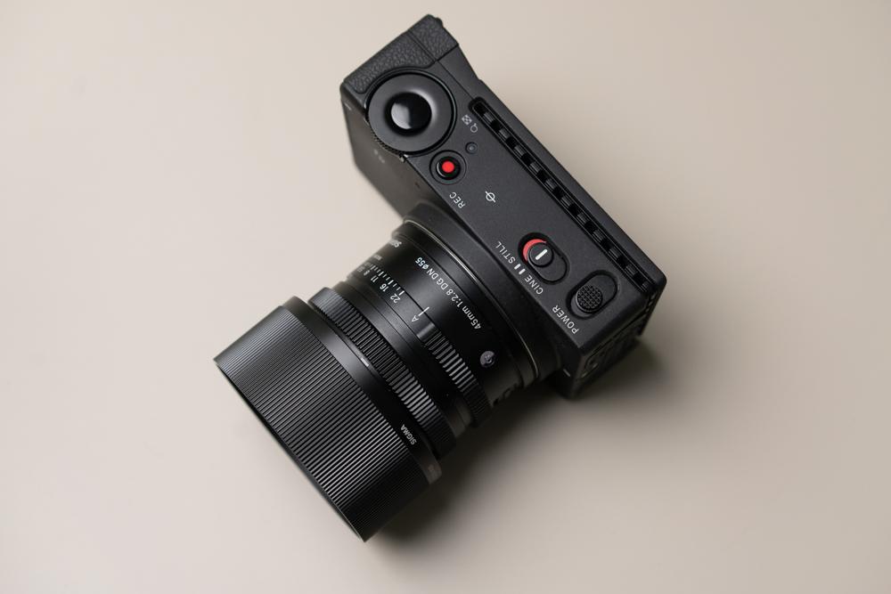 รีวิว SIGMA fp ดีไหม น่าใช้งานไหม เป็นกล้องที่มีจุดเด่น จุดที่ต้องสังเกตตรงไหนบ้าง