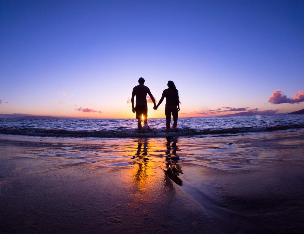33 ท่าโพสคู่หวาน ๆ สำหรับถ่ายรูปคู่กับแฟนวันวาเลนไทน์ ทำตามได้ง่าย ได้ภาพสวยชัวร์