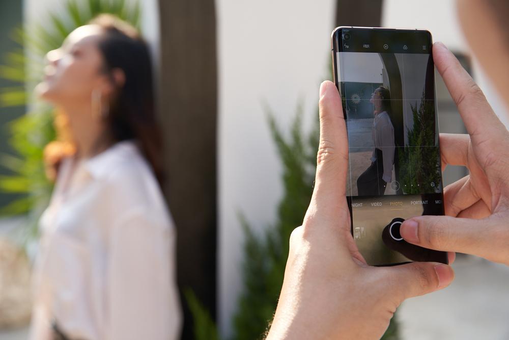 รีวิว OPPO Find X2 Pro 5G สมาร์ทโฟนเรือธงรุ่นล่าสุด ดีไซน์สวยเนียบ เรียบหรู ถ่ายภาพนิ่งเเละวิดีโอประสิทธิภาพแบบมือโปร