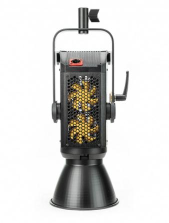 ไฟสตูดิโอ Aputure LS 300X ปรับโทนสีได้ เพื่อคุณภาพเเละประสิทธิภาพที่สูงสุดของงานวีดิโอเเละภาพยนตร์