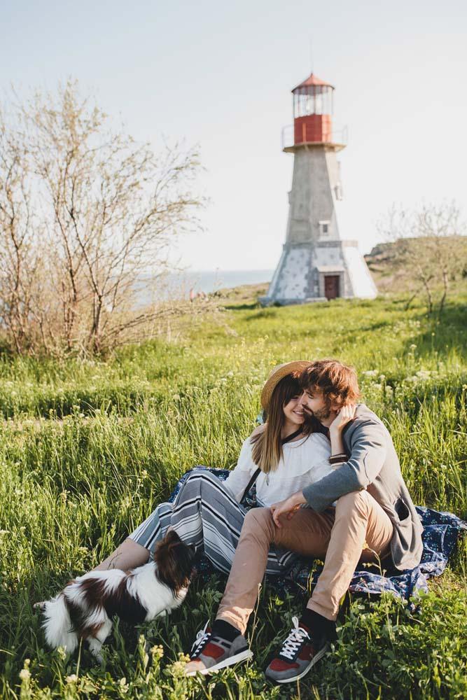 15 ไอเดียถ่ายรูปคู่ ใช้ถ่ายเที่ยวหรือถ่ายในสตูดิโอก็ดูหวาน สดใส น่ารัก
